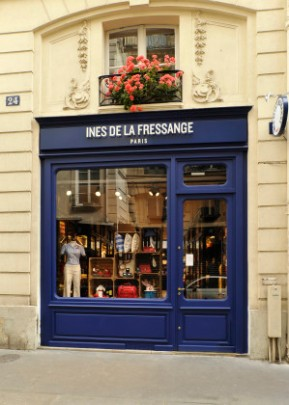 ParisianChicCityGuide_p112centerright-299x420